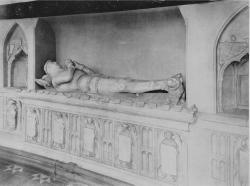 Tomb of Richard de Vere, 11th Earl of Oxford, 1417