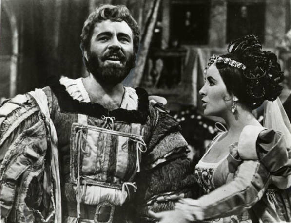 relationship between kate and petruchio scene